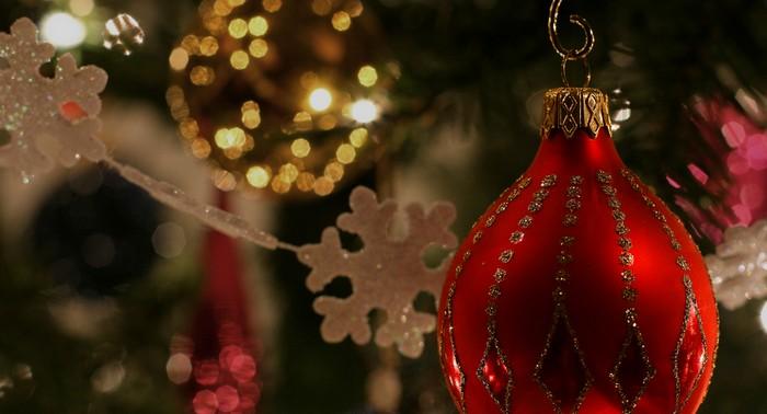 クリスマスプレゼントに添えるおすすめの英語メッセージ例文は?