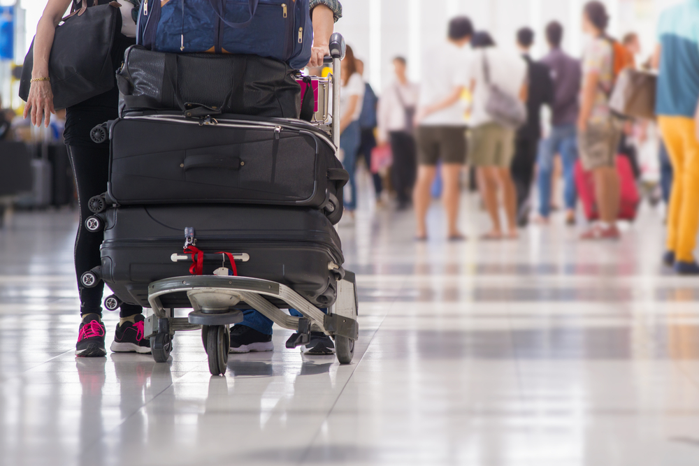 【海外旅行】知っとくと便利!空港内の持ち物・3つの常識