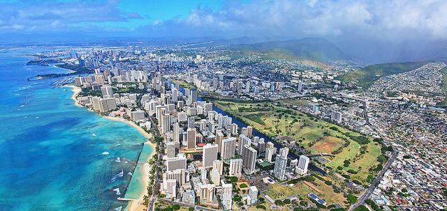 ハワイなどの海外旅行で得するクレジットカードの知識
